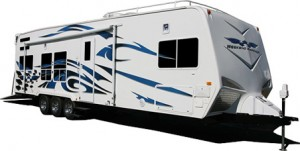 weekend-arrior-front-sleeper-travel-trailer-2008-exterior - Copy